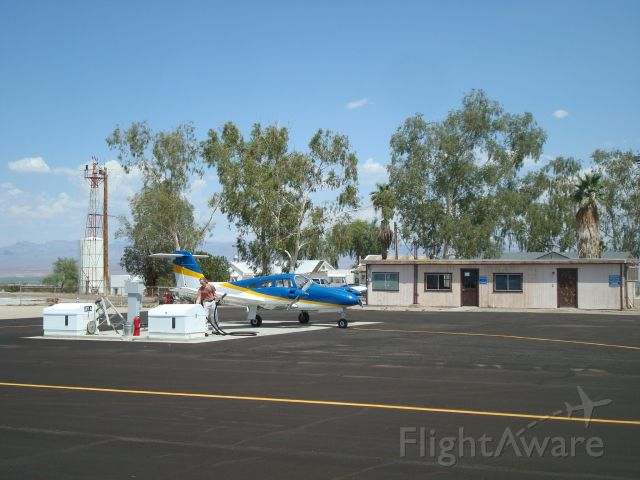 Piper PA-44 Seminole (N2214N) - the Needles, CA international terminal.