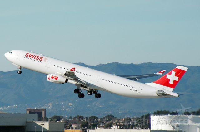 Airbus A340-300 (HB-JME) - HB-JME  A340-313X  SWR  KLAX