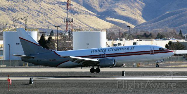 BOEING 737-400 (N732CK) - Arriving from Phoenix.