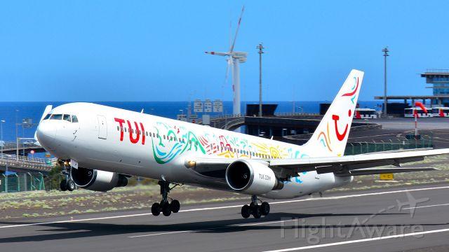 BOEING 767-300 (HB-JJF)