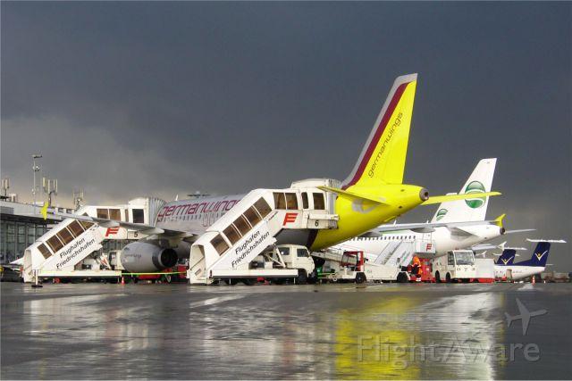 Airbus A319 (D-AGWM) - Full House at Friedrichshafen (D-AGWM - D-AHIM - D-AHIL - OE-LSB - OE-LIA - OE-LIE)