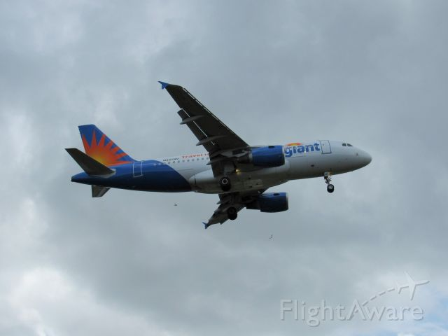 Airbus A319 (N327NV) - Landing in St Pete Clearwater airport.