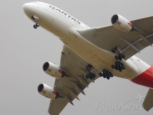 Airbus A380-800 (VH-OQA) - Touchdown in LHR
