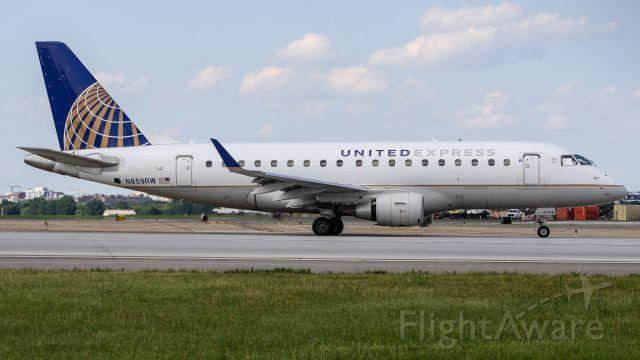 Embraer 170/175 (N859RW)