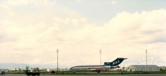 Boeing 727-100 (N831RV)