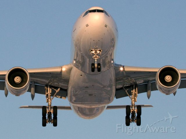 Airbus A330-200 (HB-IQQ) - Swiss Air A330-200 about 100 feet above me on Pitfield Ave in Montreal. Landing on Rwy 24R.