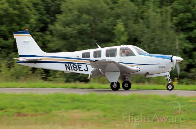 Beechcraft Bonanza (36) (N18EJ)