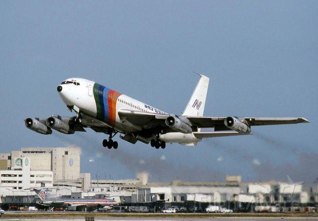 Boeing 707-100 (AEN526) - Line aerea NICARAGUENSE..pionera DEP MIAMI, DESTINO MNMG