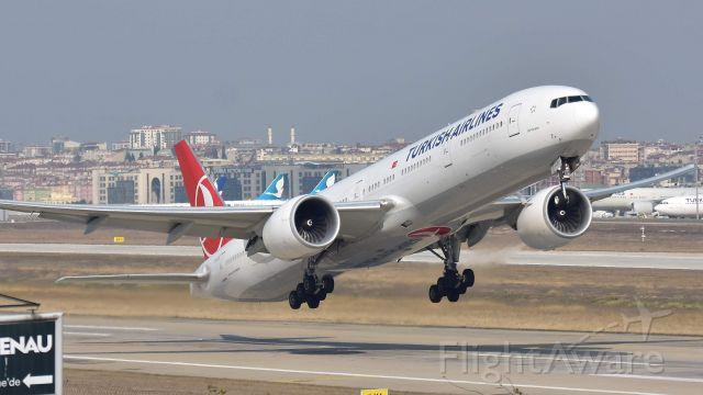 BOEING 777-300 (TC-JJU) - Feb 2019, at the 'old' IST