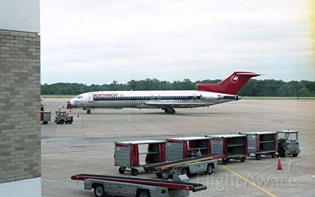 BOEING 727-200 (N288US)
