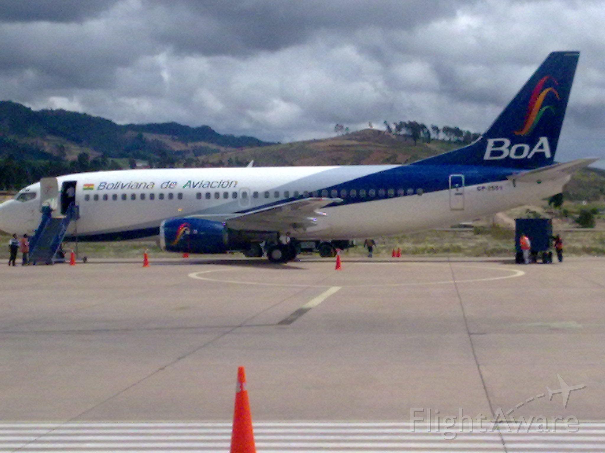 Boeing 737-500 (CP-2551)