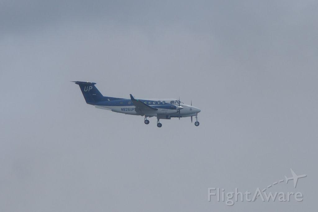 Beechcraft Super King Air 300 (N828UP)