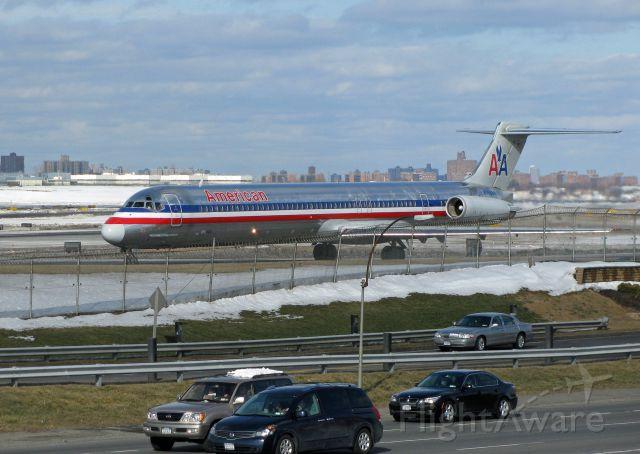 McDonnell Douglas MD-82 (N553AA) - Ship 553