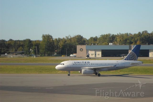 Airbus A319 (N820UA) - A United Airlines Airbus A-319 (N820UA) taxiis to the gate at Albany International Airport after arriving from Chicago.