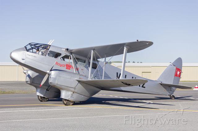 De Havilland Dragon Rapide (VH-UXZ) - de Havilland DH.89A Dragon Rapide (VH-UXZ) taxiing at Wagga Wagga Airport.