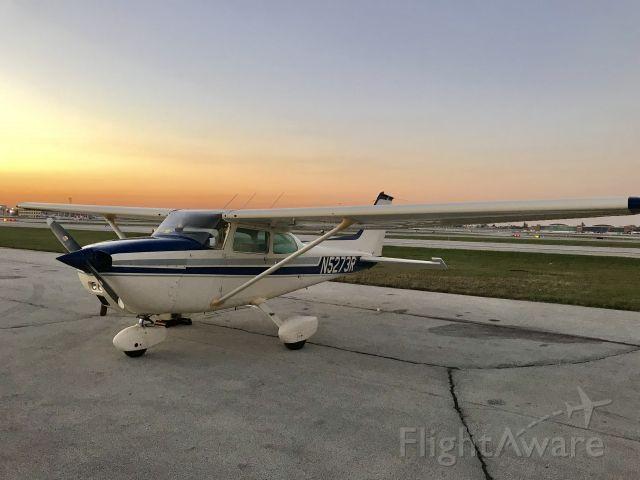 Cessna Skyhawk (N5273R)