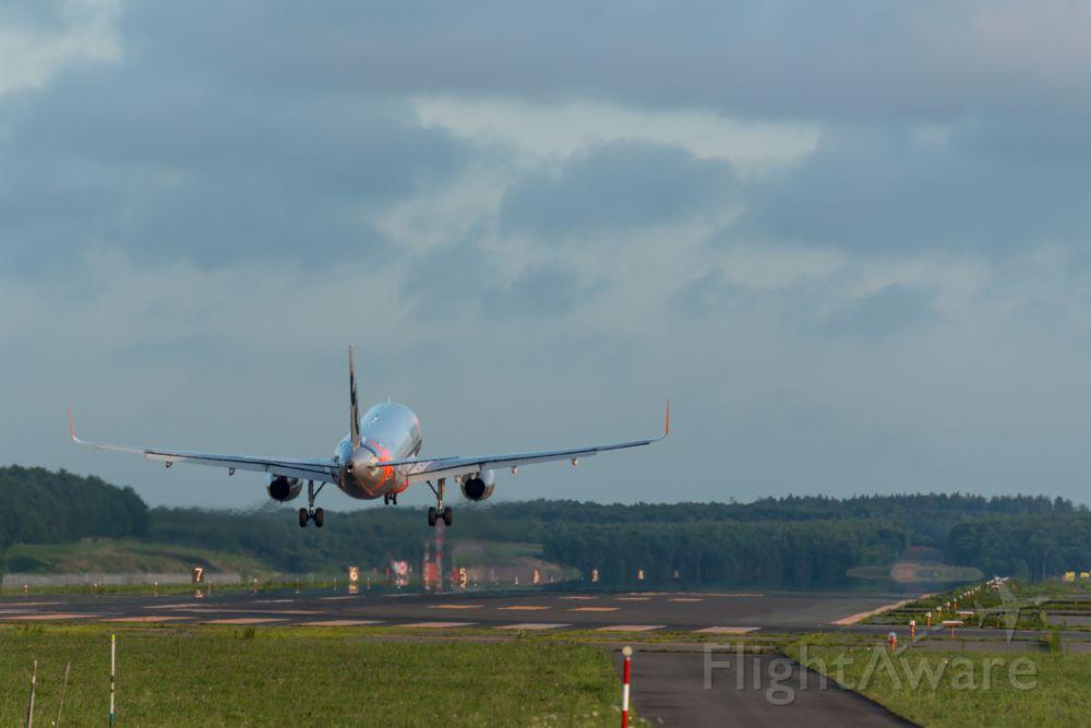 Airbus A320 (JA06JJ)