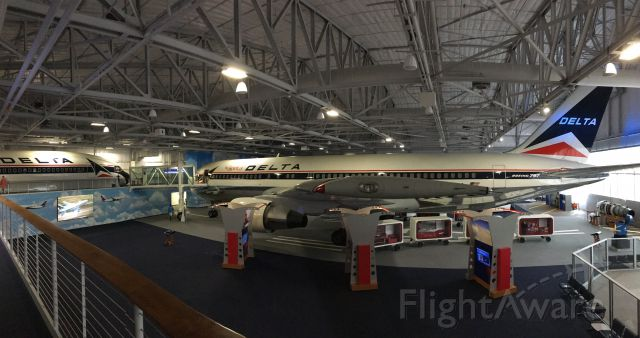 BOEING 767-200 (N102DA) - Panorama of the spirit and the fuselage of the first built L1011!