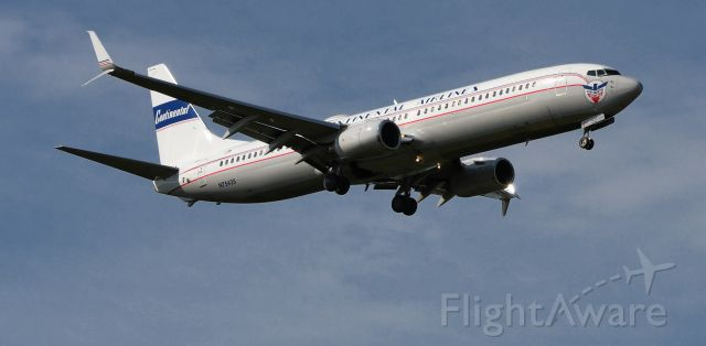 Boeing 737-900 (N75435)