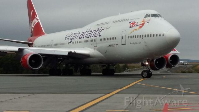Boeing 747-200 — - Emergency landing at St. John
