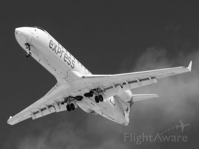 Canadair Regional Jet CRJ-200 (C-FZJA) - A Jazz Air CRJ-200 on final for Montreal.