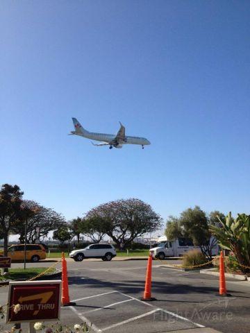 Embraer 175 —