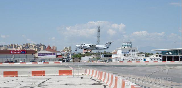 Beechcraft Super King Air 200 (N430TW) - N430TW at Gibraltar International Airport