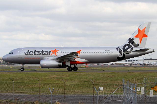Airbus A320 (VH-VFI)