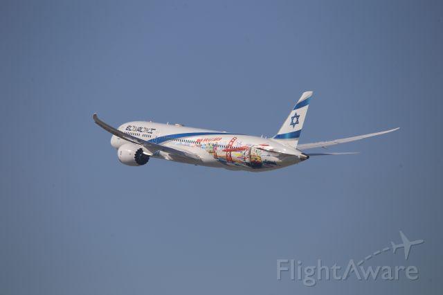 Boeing 787-9 Dreamliner (4X-EDD)