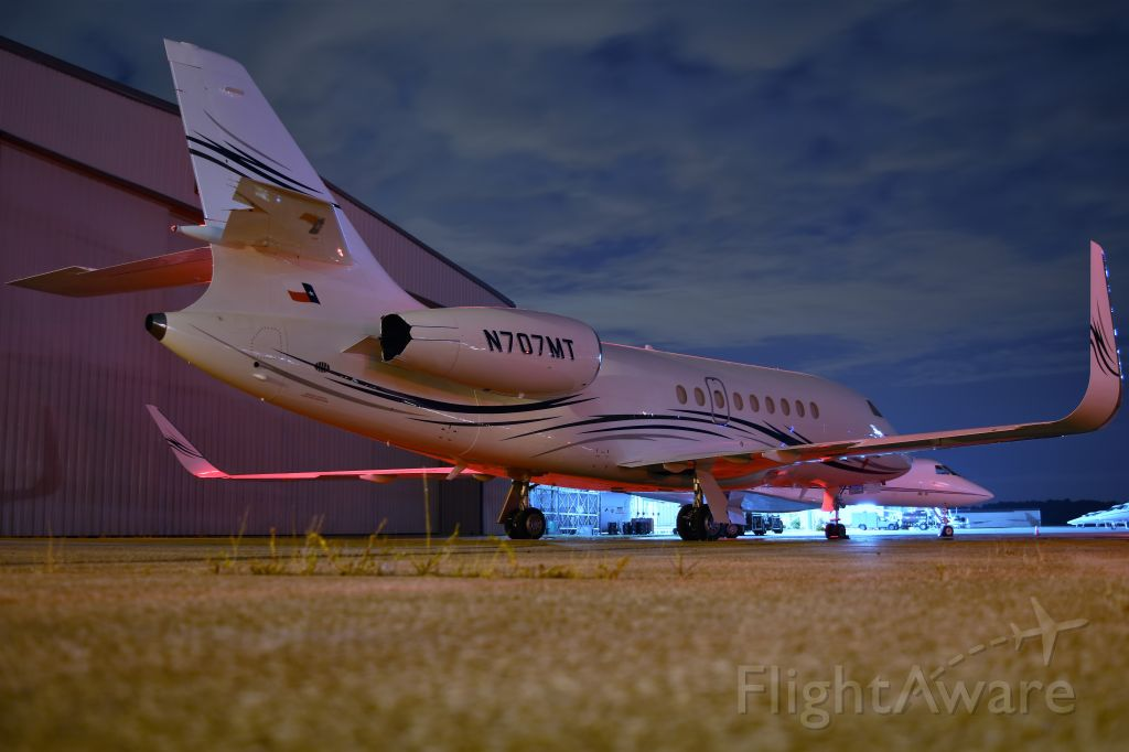 Dassault Falcon 2000 (N707MT)