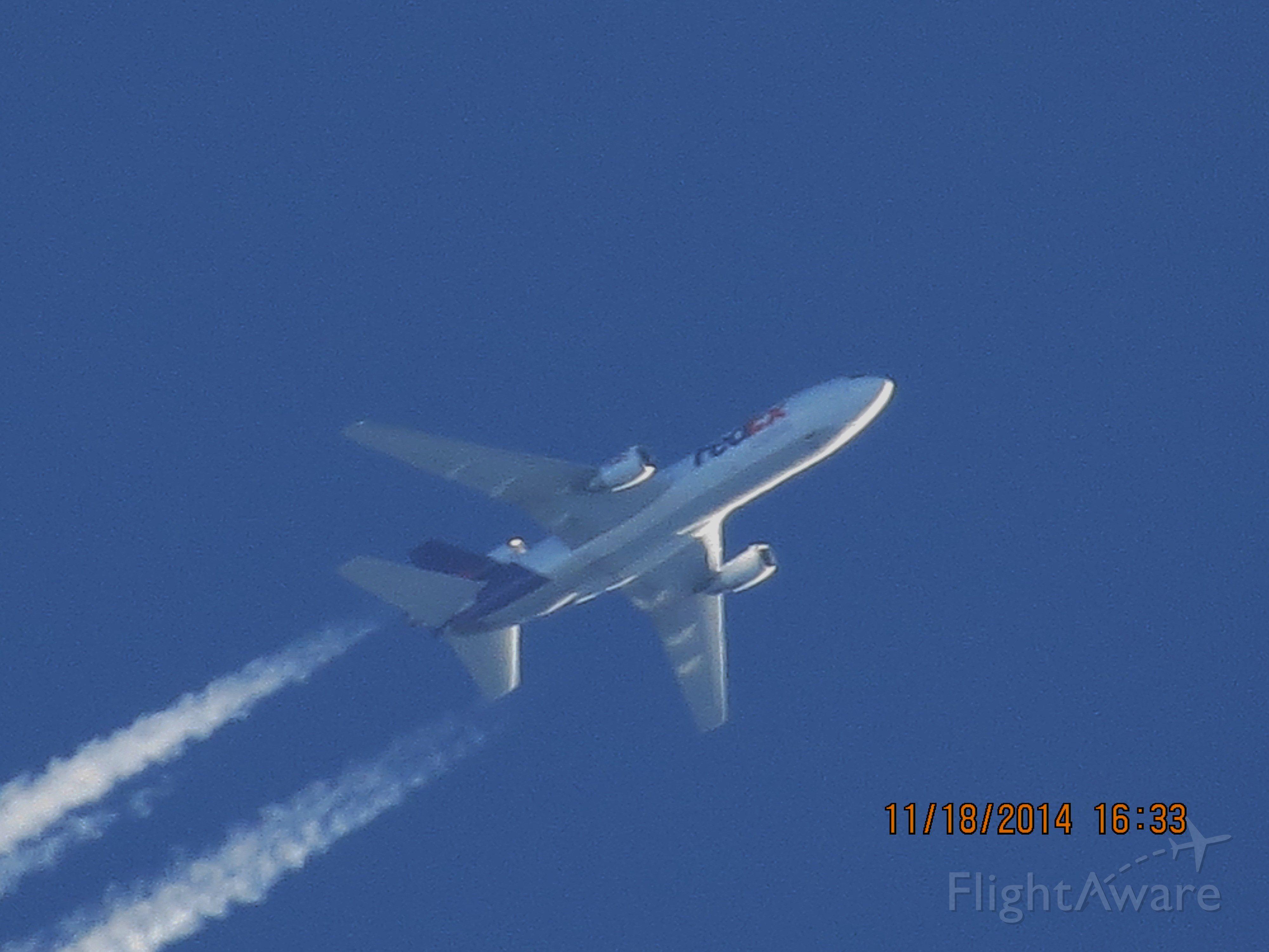 McDonnell Douglas DC-10 (N308FE) - FedEx flight 597 from MEM to SEA over Baxter Springs Kansas (78KS) at 34,000 feet.