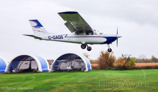 Cessna Cardinal (C-GAQS) - Cessna 177 C-GAQS on short final to runway 20 at St-Lazare airport