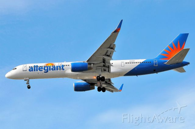 Boeing 757-200 (N901NV) - Back in the day when Allegiant flew Seven Five's!