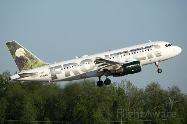 """Airbus A319 (N932FR) - """"Sarge"""" lifts off from runway 22L, headed back to DEN. -May 2014"""