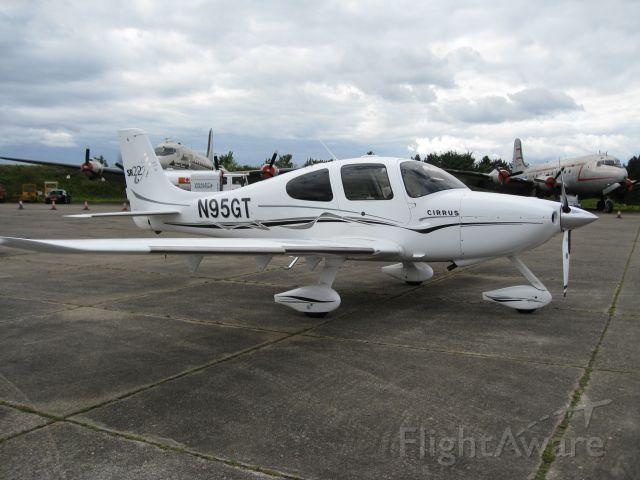 Beechcraft King Air 90 (N95GT)