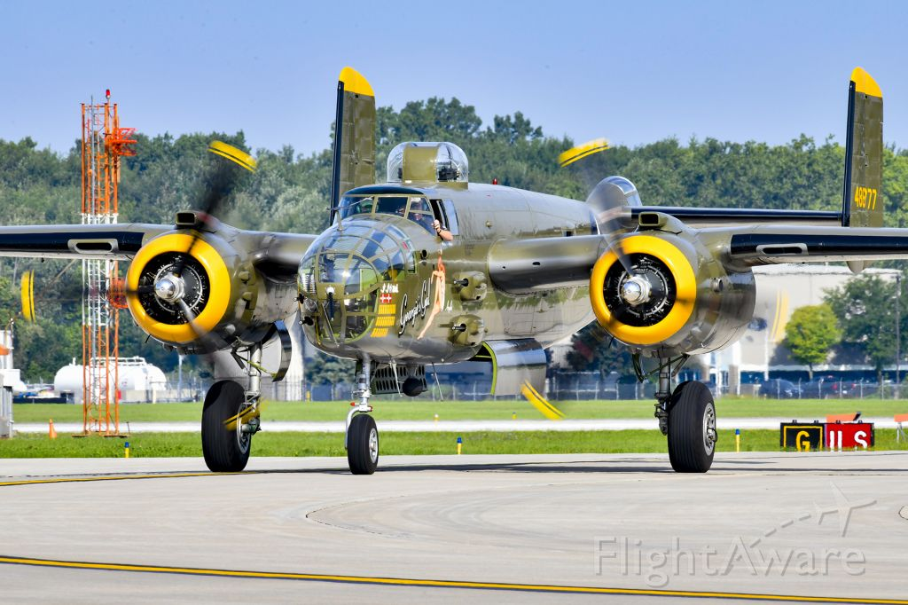 North American TB-25 Mitchell (48-6777) - North American B-25 Mitchell at Thunder Over Michigan Air Show.