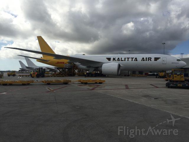 Boeing 777-200 (N772CK) - Cargo City Miami
