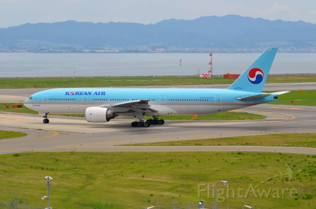 Boeing 777-200 (HL7751) - Airline: Korean Airlines (KE/KAL); Airport: Kansai International Airport (KIX/RJBB); Camera: Nikon D7000; Date: 4 July 2012