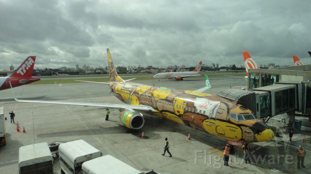 Boeing 737-800 (PR-GUO) - Airport Congonhas, Sao Paulo, Brazil, in 28/5/2014.