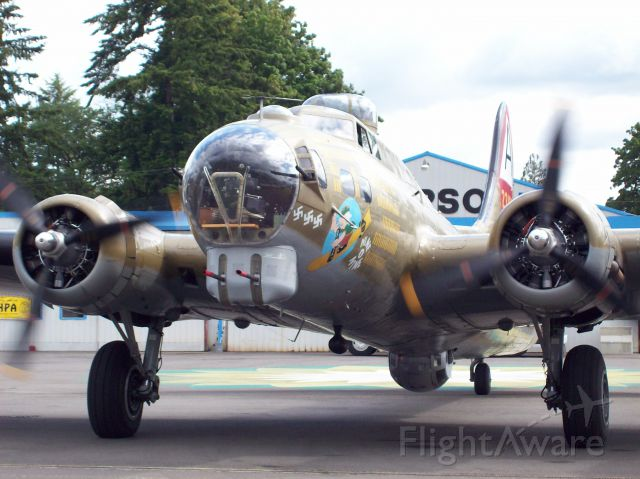 Boeing B-17 Flying Fortress (N93012) - 2007 Olympic Air Show