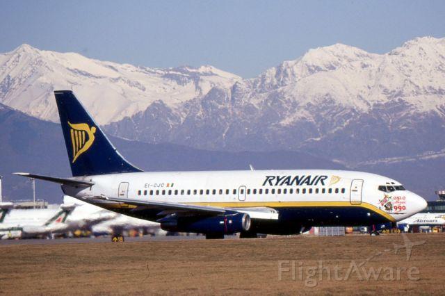 Boeing 737-700 (EI-CJC) - Torino Caselle, anni