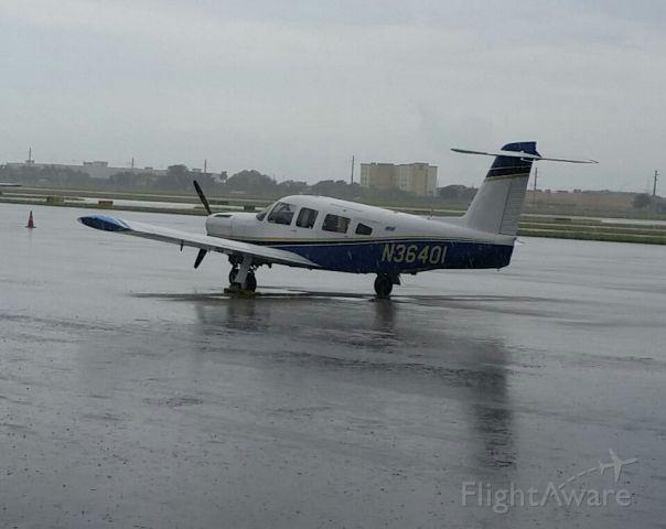 Piper Lance 2 (N36401)