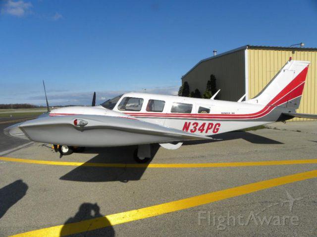 Piper Seneca (N34PG)
