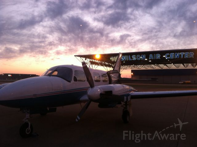 Piper Navajo (N124AG) - Medevac early morning flight