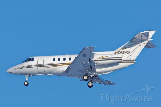 N595PD — - On approach to runway 1R IAD.