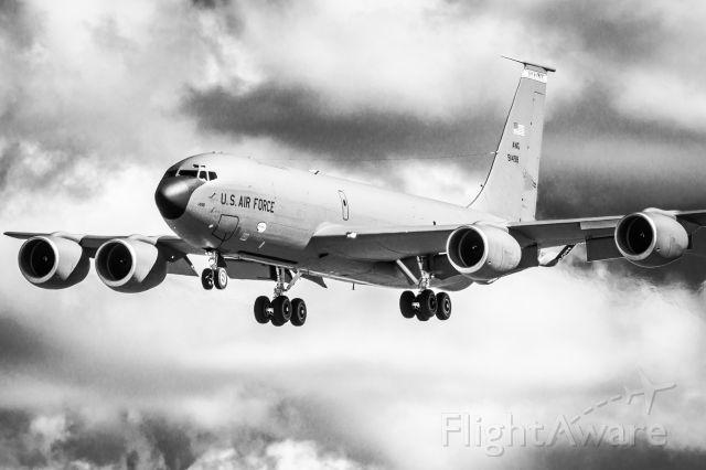 Boeing C-135FR Stratotanker — - Maine 87 Heavy on the option at KBGR