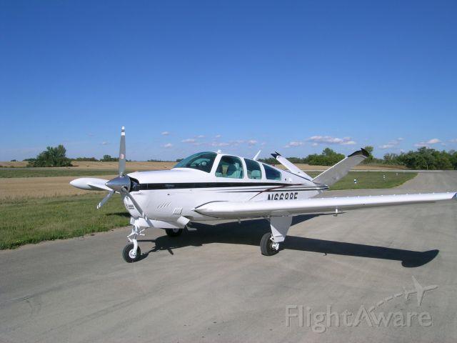 Beechcraft 35 Bonanza (N6688E)