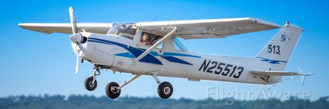 Cessna 152 (N25513)
