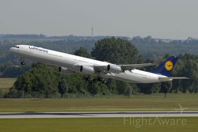Airbus A340-600 (D-AIHR) - climb from EDDM