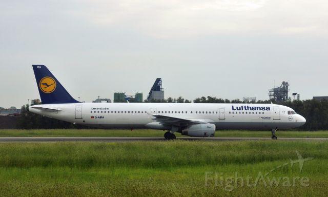 Airbus A321 (D-AIRA) - Lufthansa Airbus A321-131 D-AIRA in Rome Fiumicino